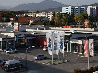 Geschäftsgebäude Majdic Luftaufnahme
